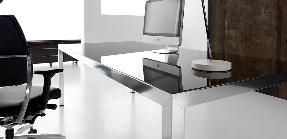 Mesas escrit rio moderna fly por ivm for Mesa escritorio moderna