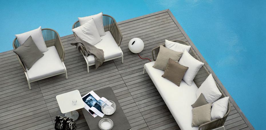 Mobili rio de exterior spool por roda design rodolfo dordoni for Mobiliario de exterior